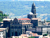 Camino : The Puy Route walking and bike tours